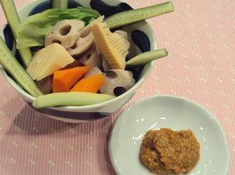 春野菜の味噌ディップ