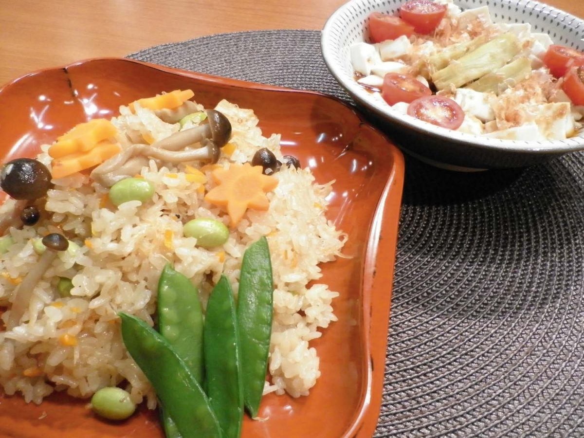 帆立の炊き込みご飯&蒸し なすと豆腐のかけ醤油