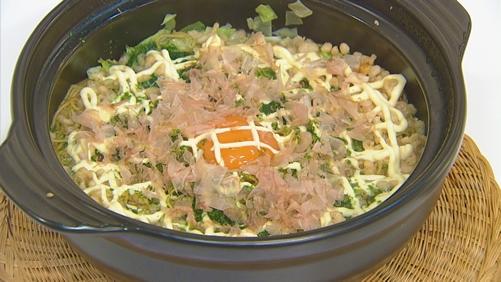 鶏だしコク鍋〆のお好み焼き風皿うどん