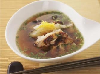 鶏の料亭風スープ